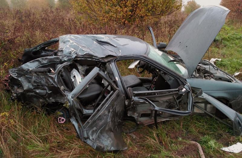 Натрассе «Волга» фура протаранила «Ладу»: шофёр легковушки умер