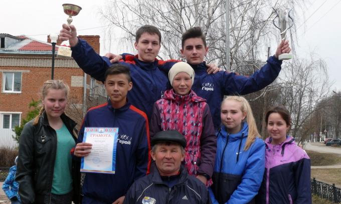 Переходящие кубки выиграла команда Б. Чурашевской школы