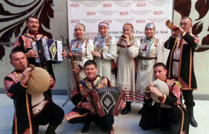 Оркестр народных инструментов «Виръял»